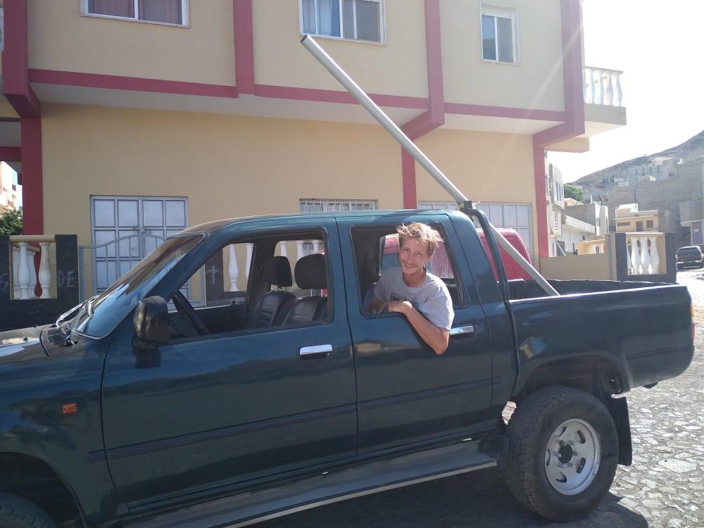 Dans la voiture de Gabriel, après avoir trouver notre deuxième tangon !